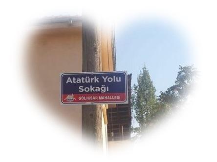 Yolumuz Atatürk Yolu